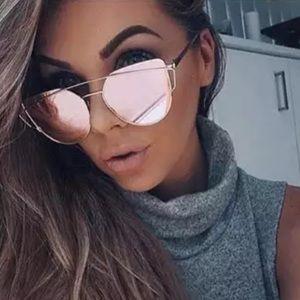 ⭐️Best Seller⭐️ Rose Gold Mirrored Sunglasses NEW